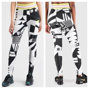 Nike Sportswear NSW All Over Print legging size L